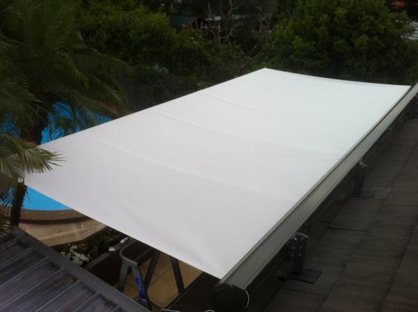 lx530 roofbrackets1